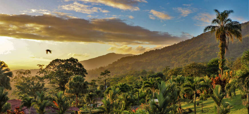 5 reasons why you should visit Central America on a group tour
