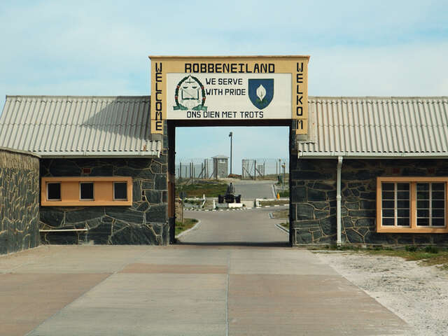 Friday, February 21, Robben Island and the Victoria & Alfred Waterfront