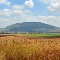 MOUNT TABOR - RICH RELIGIOUS SIGNIFICANCE AND SHEER BEAUTY