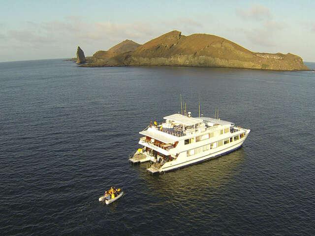 CRUISING THE GALAPAGOS ISLANDS-Millennium Catamaran