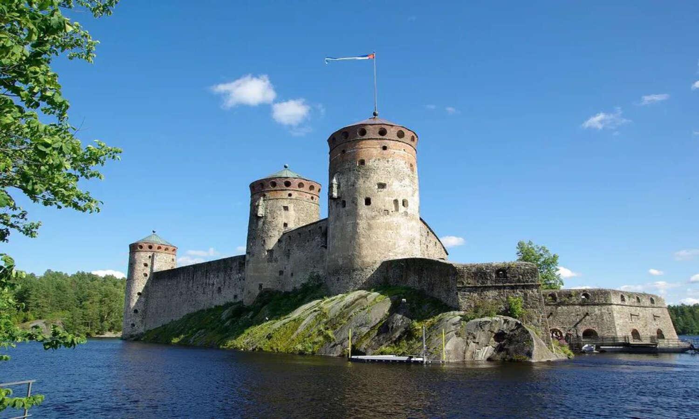 Olavinlinna Castle.jpg
