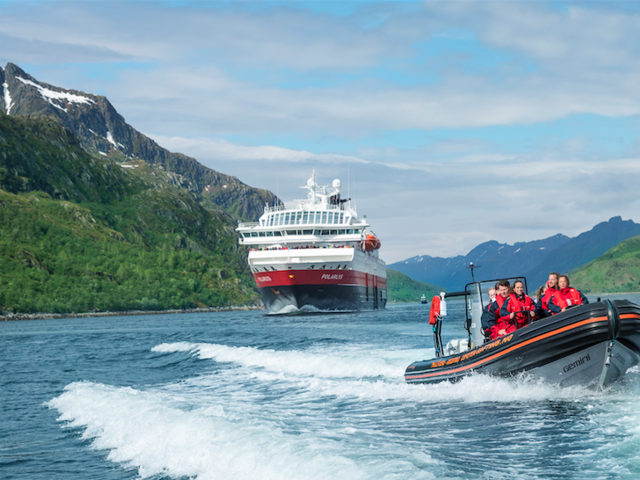 Save $250 Sailing Coastal Norway on Hurtigruten