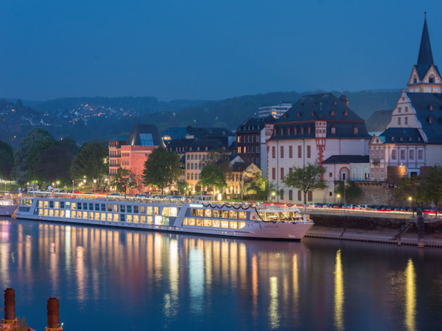 Emerald Waterways' Black Friday Deal: Free Air to your 2020 European River Cruise!