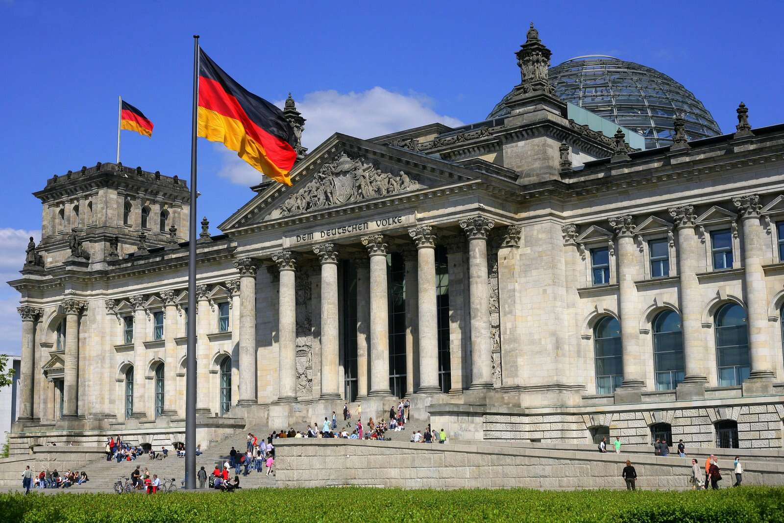 Evolution of architecture in Reichstag