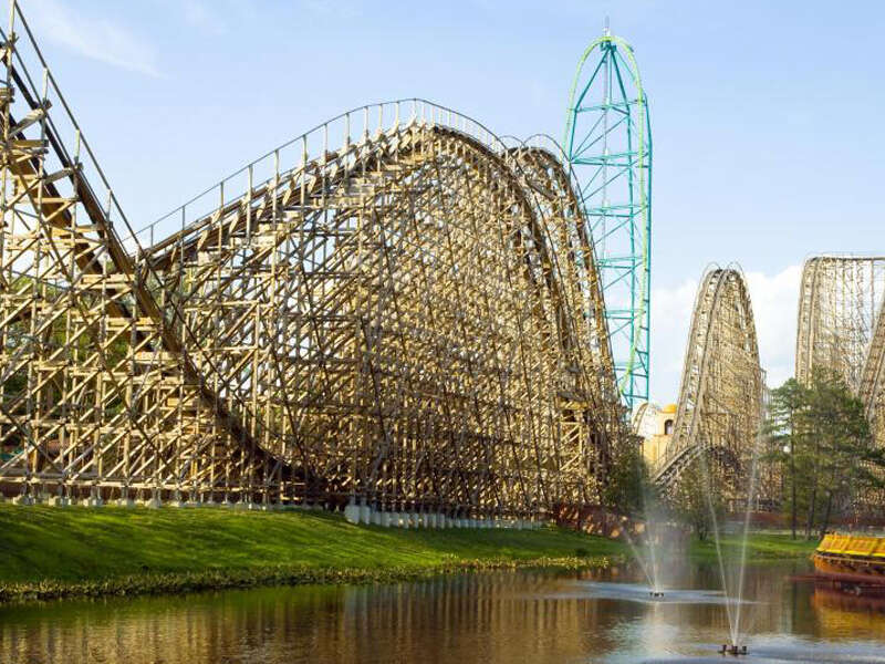 Ride the World's Tallest Water Ride on a Knott's Berry Farm All Day Trip