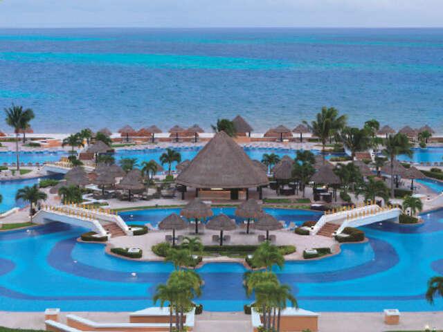 Up to $1500 Resort Credit at Palace Resorts!