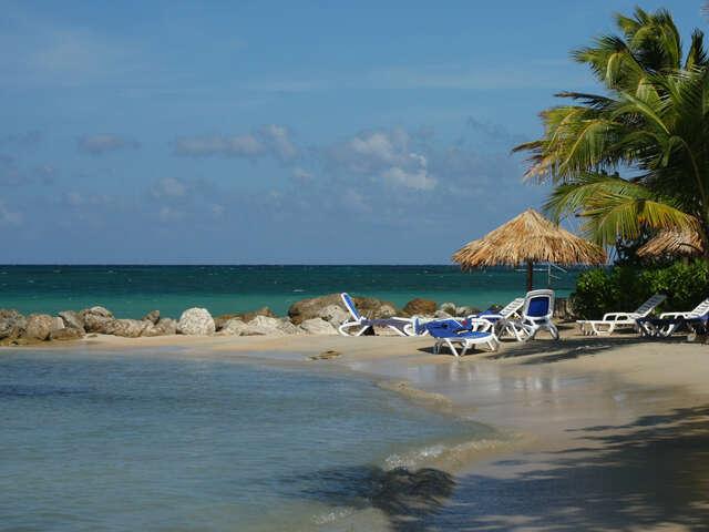 Discover Jamaica's Rockhouse hotel