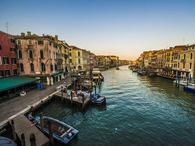 10 Interesting Facts About the Venetian Canals