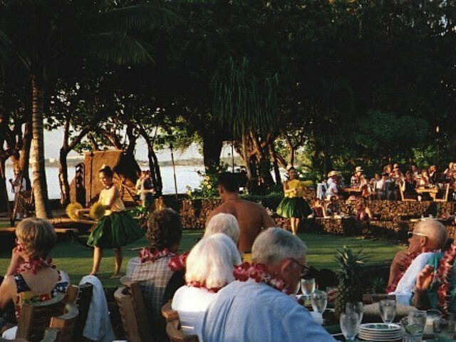 Enjoy Hawaiian Hospitality At The Exclusive Lahaina Inn