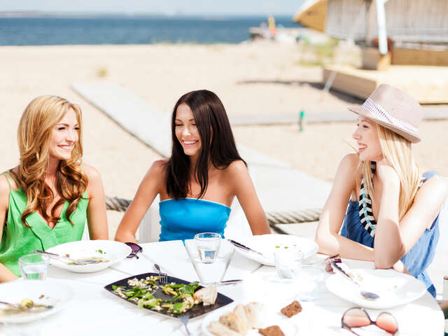 Top 5 Best Beach Front Restaurants on Daytona Beach, Florida