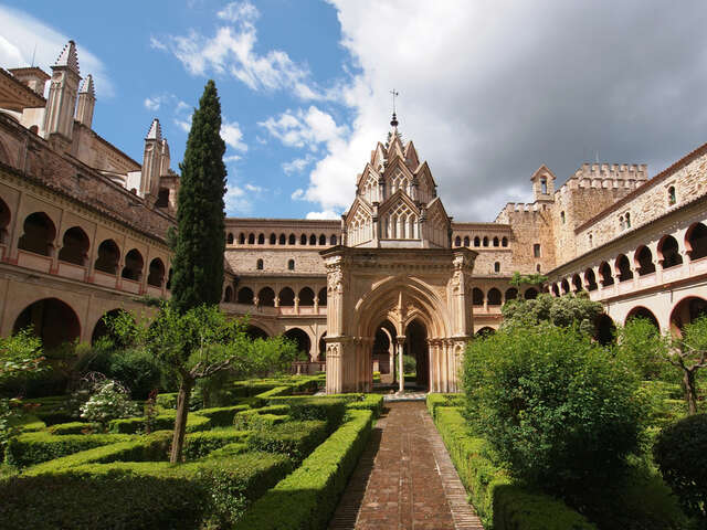 Explore the Beautiful Royal Monastery of Guadalupe