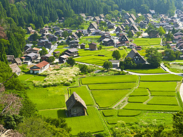 The Charming Villages of Shirakawa-go and Gokayama in Japan