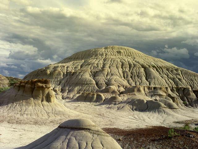 Dinosaur Provincial Park. You Gotta Go Here