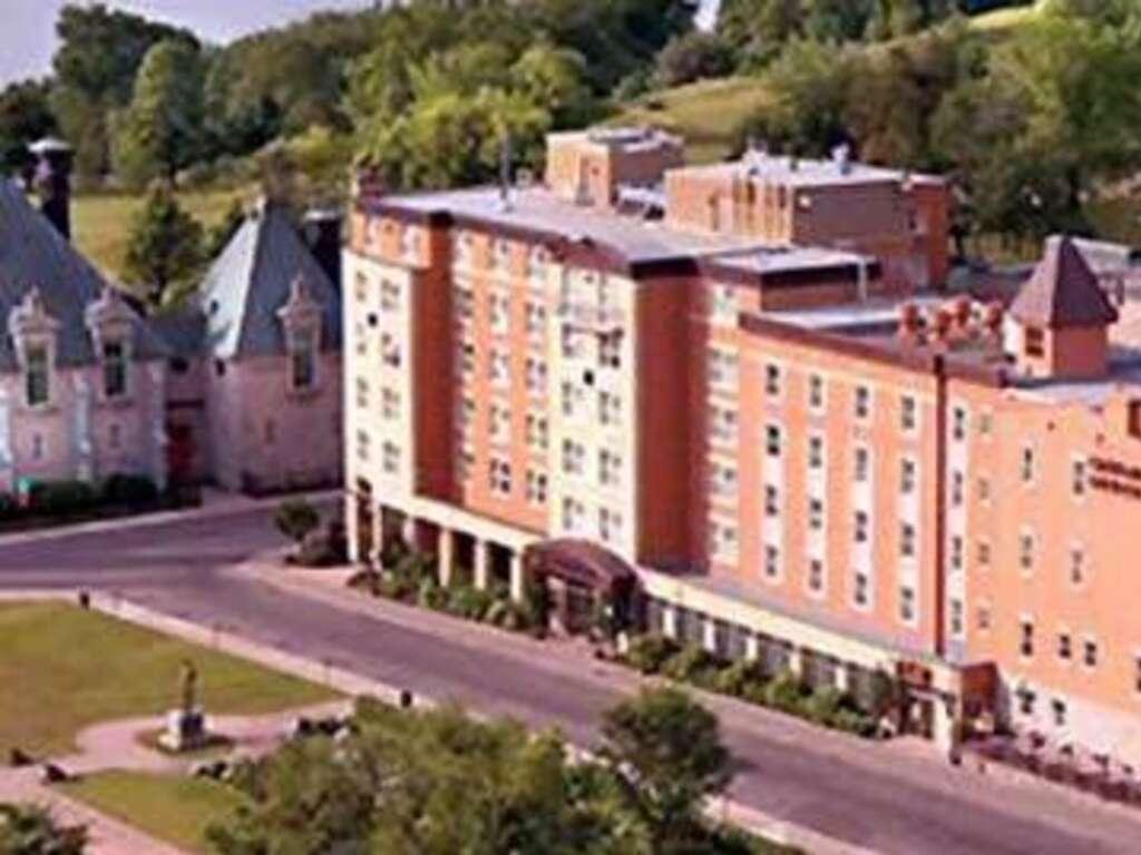 Hotel Chateau Laurier De Quebec