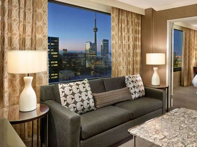 Sheraton Centre Toronto Hotel Announces Completion of $120 million Renovation