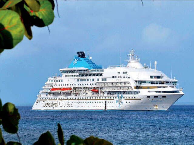 Cuba Cruise! Beyond the Resorts. (MB)