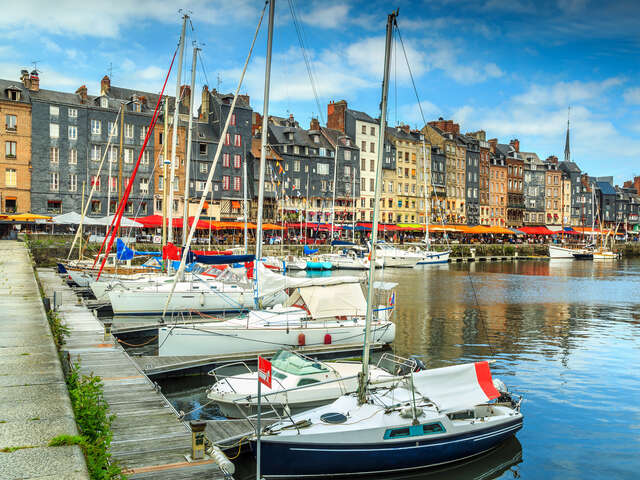 Start Your Trip To Honfleur 28 France Uniglobe Specialty