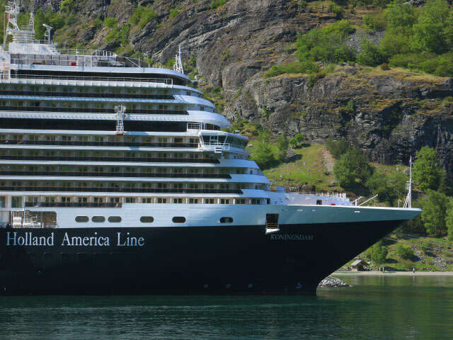 Holland America: Up to $2400 in Value