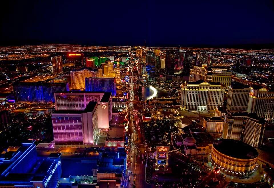 Spring Getaway - 3 Nights in Las Vegas & 3 Nights Cruising!
