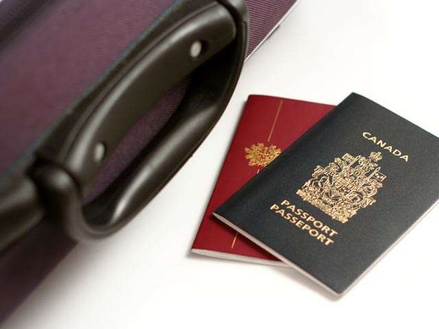 Dual Canadian citizens need a valid Canadian passport