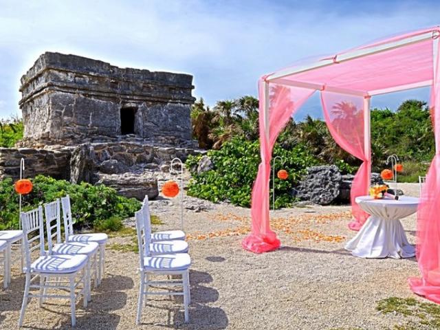 5 Destination Wedding Sites in Mexico... that aren't the Beach