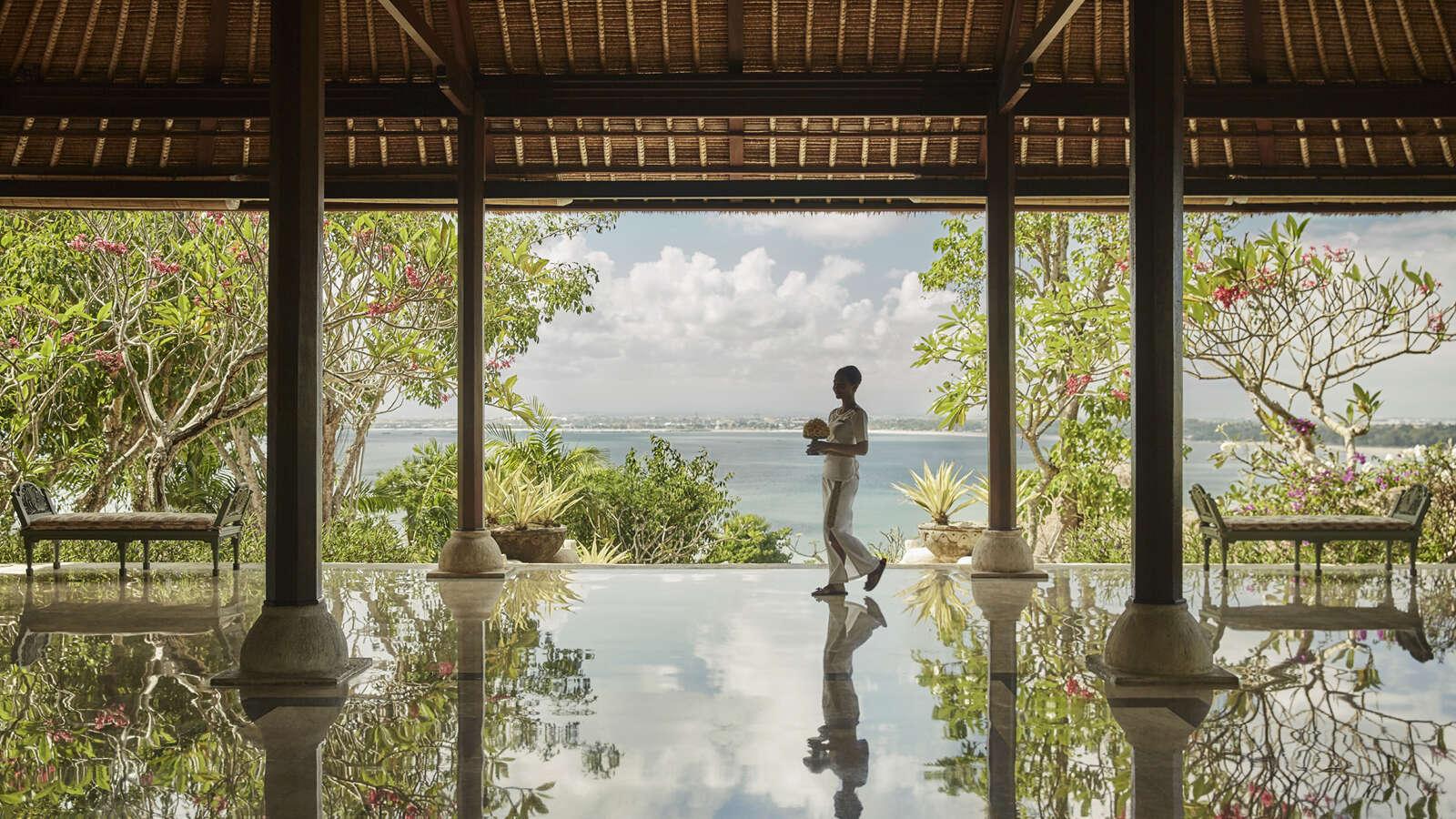Four Seasons Hotels and Resorts Makes 5-Star Award History