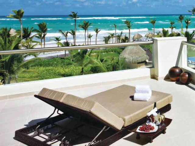 Receive up to $3,600 in Resort Credit in Mexico and the Caribbean