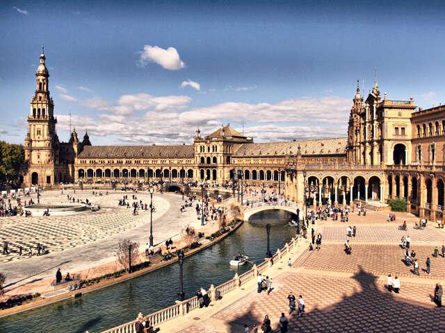 Spain_landingpage_Plaza De España.jpg