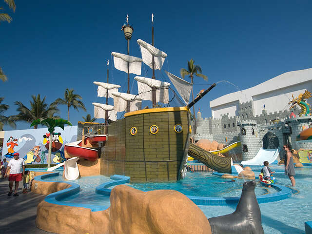 Kids stay free with a minimum 3-night stay at select Resorts in Mexico.