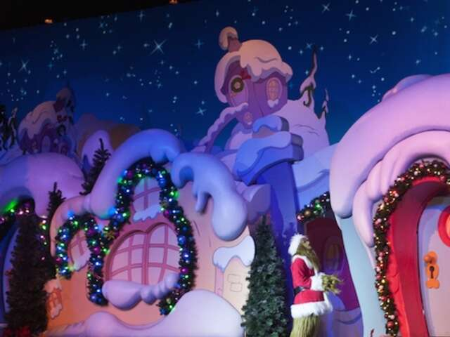 Universal Orlando Welcomes The Holidays