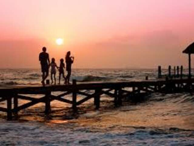 Guest Post: Family Travel - 20 Before 20 List