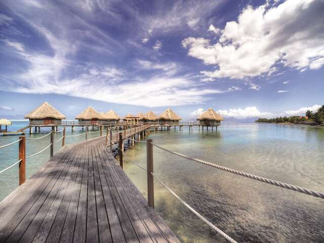 Pleasant Holidays - Receive $600 OFF in Tahiti!