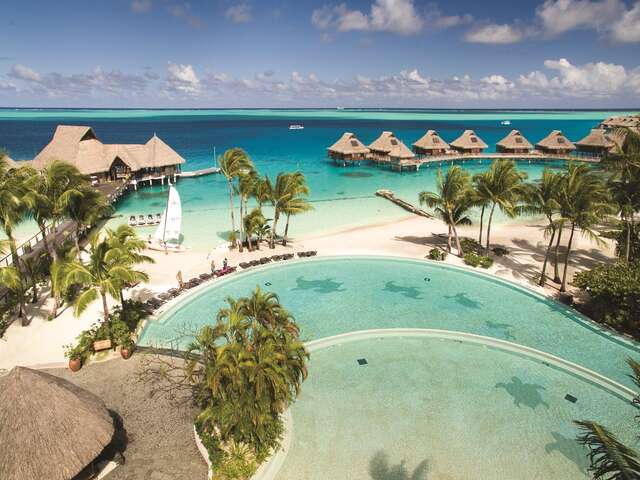 Pleasant Holidays - Receive 30% OFF room rates in Tahiti!