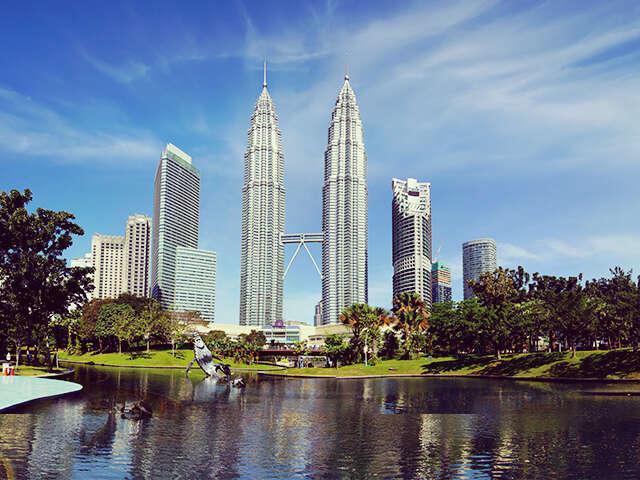 Singapore  & Malaysia – A Summer Special Bonanza!