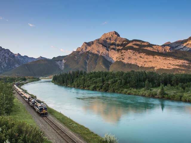 Rocky Mountaineer - Receive a free hotel night!