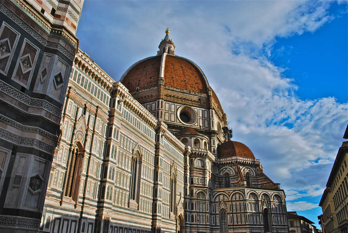 5% OFF! Join a Group of Solo Travelers on a Tuscany Tour
