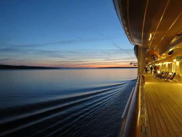River and Small-Ship Cruising