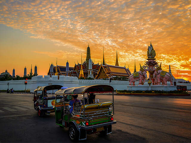 Silk Holidays_Bangkok_TukTuk Temple_Jun 2018.jpg