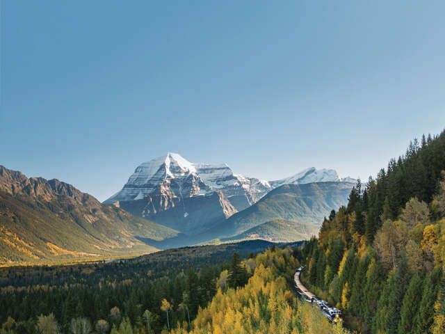 Rocky Mountaineer - Receive up to $850 per couple in added value!