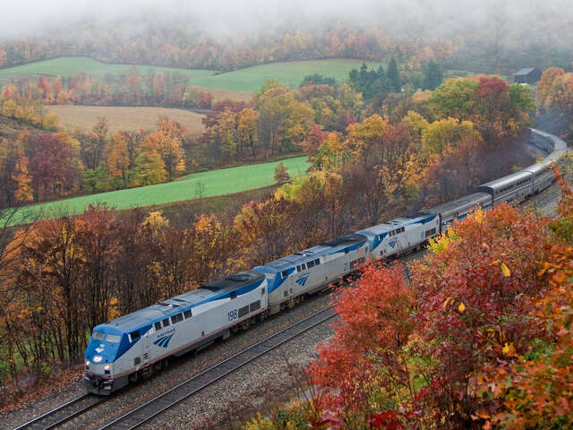 Amtrak Vacations - Upgrade and save $100 per couple!