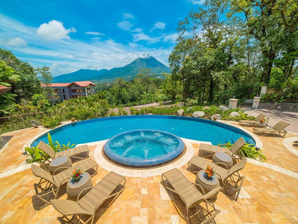 Pleasant Holidays - Summer Savings in Central America!