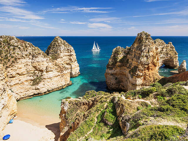 TravelBrands-EXO_Albufeira-Algarve-Portugal_Long-Stay_Hero-Image_Sept2018.jpg