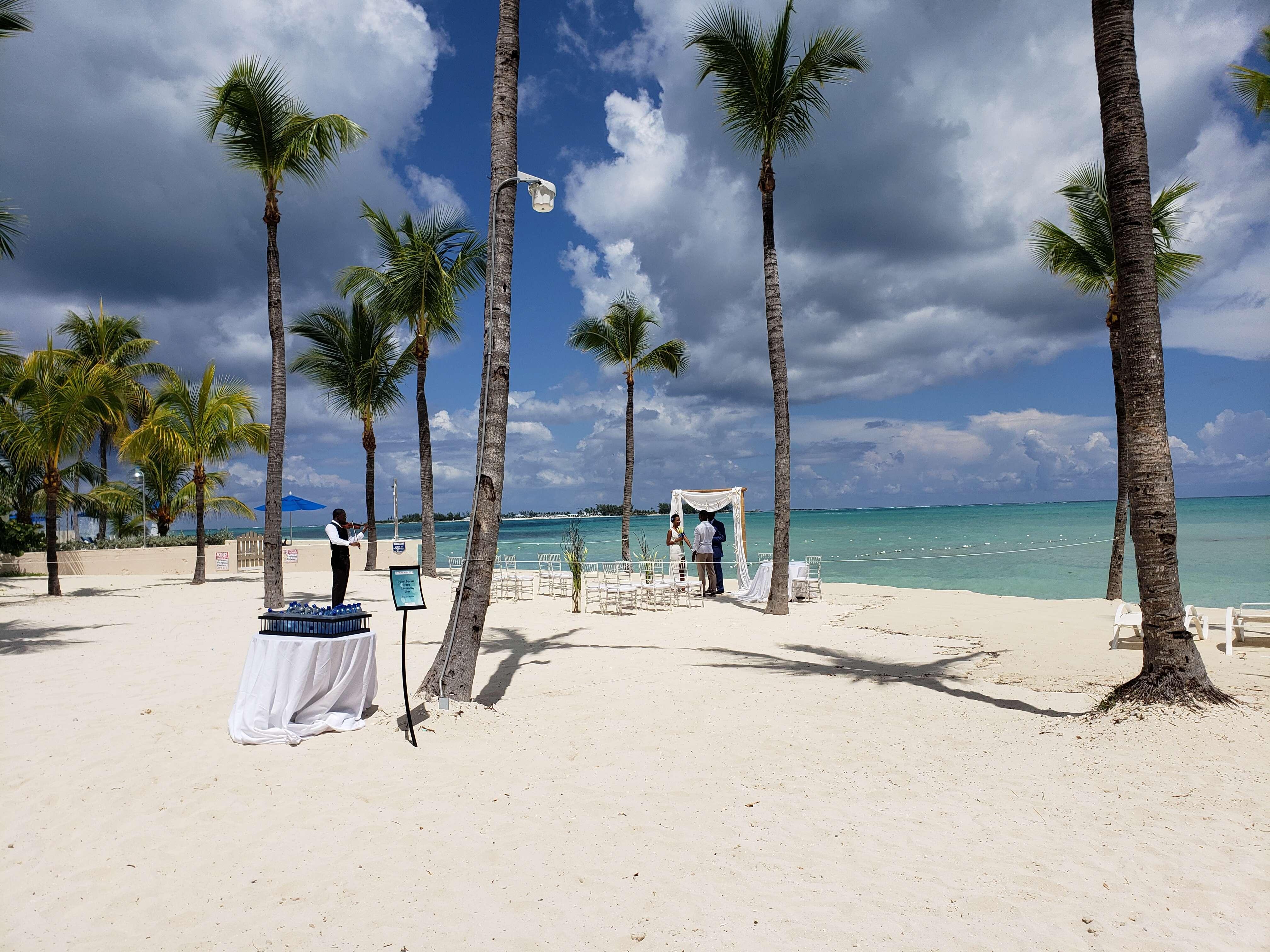 Bahama Wedding Bells at the Melia