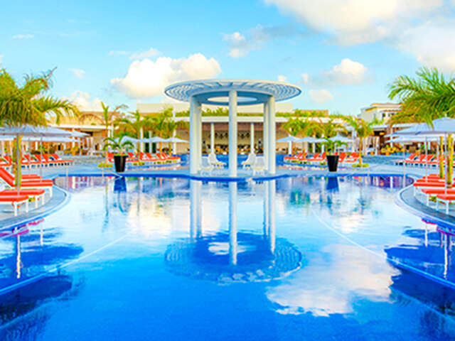 Travel Impressions - Save up to $250 per couple in Cancun!
