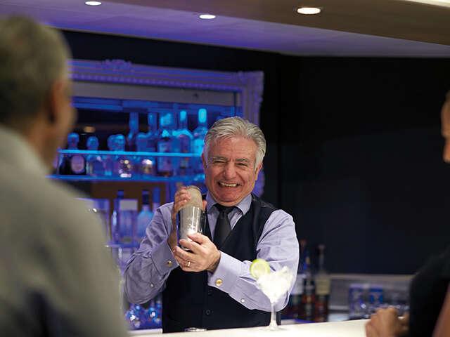 Holland America Line Announces 2019 Food & Beverage Aficionado Cruises