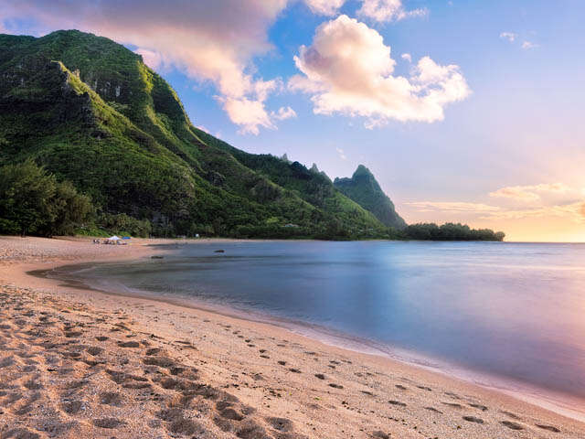 Cruise Hawaii from $1,222 CDN