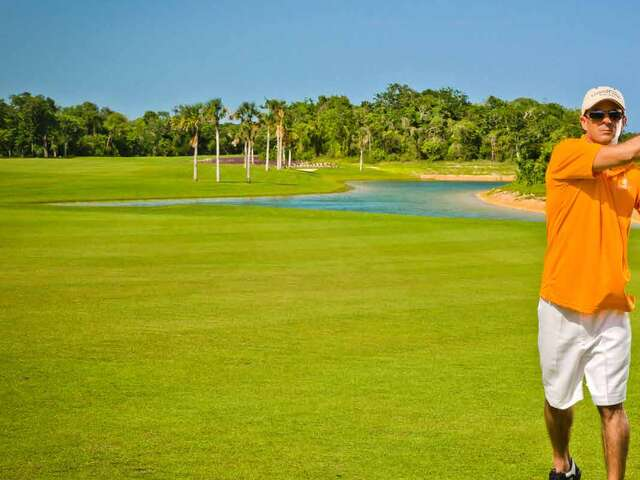 WestJet Vacations - One complimentary round of golf in Riviera Maya!