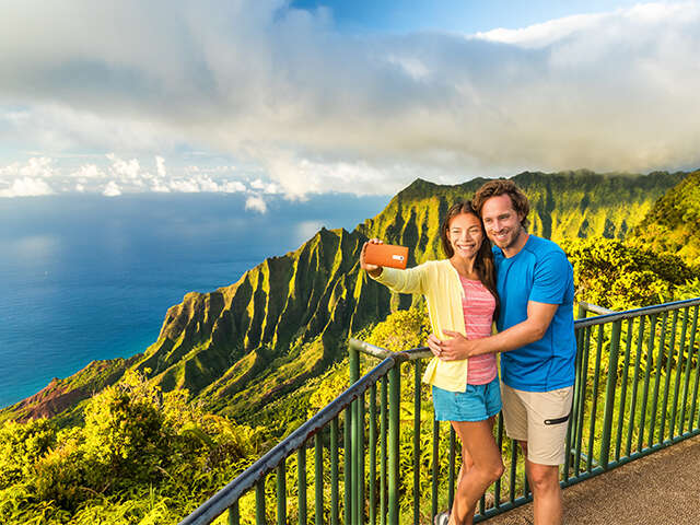 Thrilling Hawaiian Activities for the Adventurous Couple