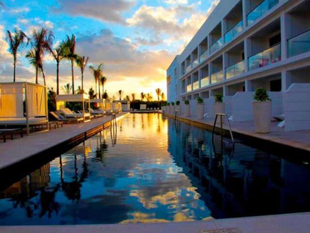 Destination: incredible. Platinum Yucatan Princess All Suites & Spa Resort.