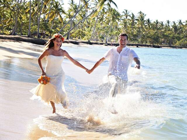 Travel Impressions - Free Wedding Package in Mexico & the Caribbean!